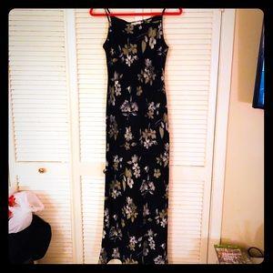 {Vintage}EUC Floral spaghetti strap maxi dress